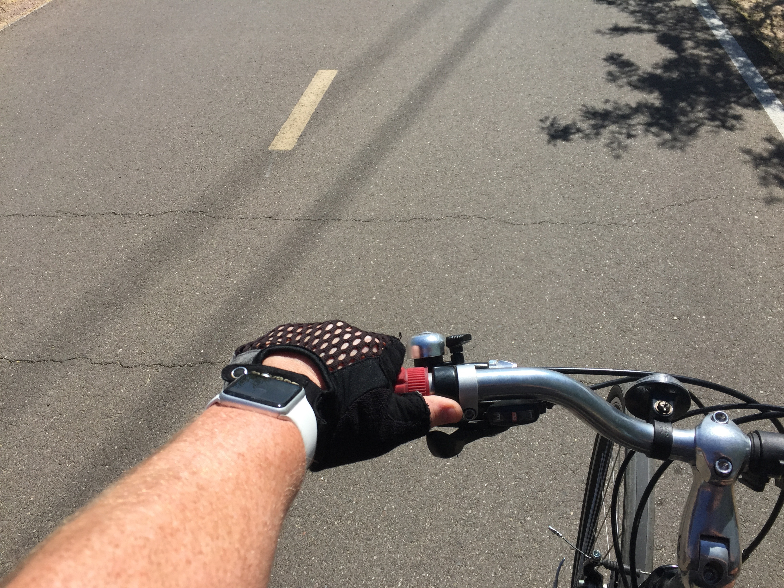 25 Miles on a Bike with the Apple Watch and RunKeeper | writing about tech